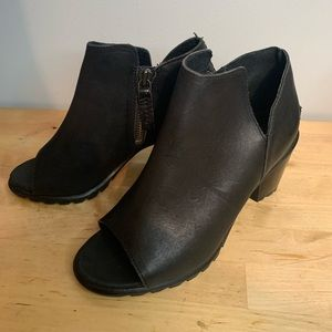 SOREL Women's Booties Open Toe Size 6.5